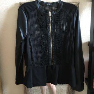 Jackets & Blazers - NWOT Black stylish jacket